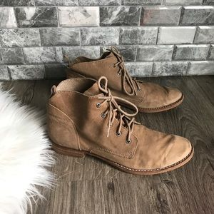 Sam Edelman tan leather lace up ankle boot 9.5